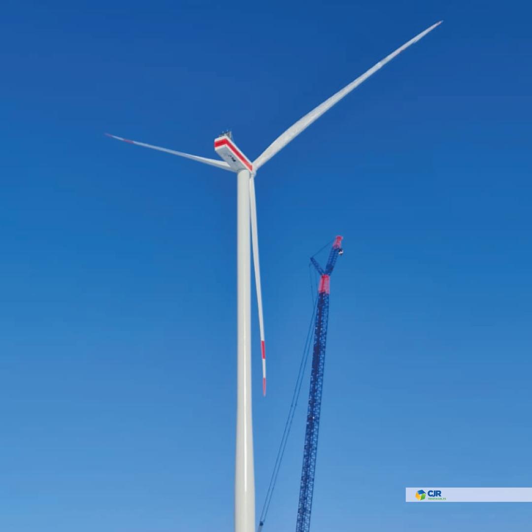 Last blade installed in Dornbock project (Germany) 0